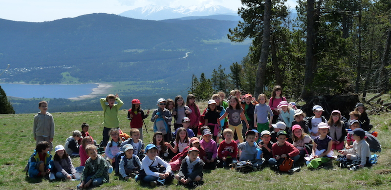 Les enfants en classe découverte au centre de vacances PEP 34 des Angles (Pyrénées-Orientales).
