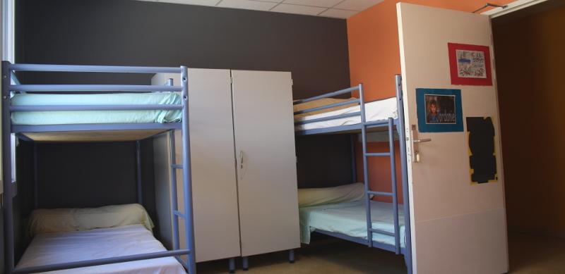 Une chambre au centre Le Grain de SEL PEP 34 de Palavas-les-Flots (Hérault).